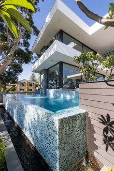 """Infinity edge pool featured in """"Expressing Views"""" designed and built by Urbane Projects, Perth."""