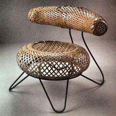 """Isamu Noguchi and Isamu Kemochi - """"Bamboo Basket Chair"""" - 1950 furniture home decor design Bamboo Furniture, Unique Furniture, Furniture Design, Furniture Online, Isamu Noguchi, Design Japonais, Design Industrial, Bamboo Art, Bamboo Basket"""