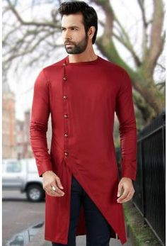 Mens Short Pathani Buy Mens Wedding & Party wear short pathani kurta at discounted prices. Exclusive Short pathani collection of Linen short pathani kurta, Cotton Short Pathani, Silk fabric short pathani. Mens Indian Wear, Mens Ethnic Wear, Indian Groom Wear, Indian Men Fashion, Mens Fashion Suits, Latest Mens Fashion, Wedding Kurta For Men, Wedding Dresses Men Indian, Wedding Dress Men