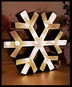 40cm Battery operated twinkling snowflake marquee light Marquee Lights, Product Ideas, Battery Operated, Twinkle Twinkle, Snowflakes, Gift Wrapping, Shapes, Lettering, Decorating