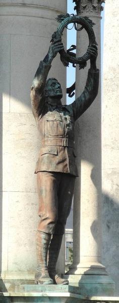 Welsh National War Memorial, Alexandra Gardens, Cathays Park - Cardiff, Wales