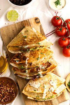 Vegetarian Quesadillas Vegan Style – Vegan in the Freezer Vegan Lunch Recipes, Delicious Vegan Recipes, Vegetarian Quesadilla, Vegan Beef, Dairy Free Cheese, Vegan Tacos, Mashed Avocado, Homemade Taco Seasoning, Dried Beans