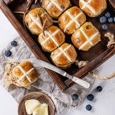Browse dozens of snack breakfast dinner and dessert recipes for the Thermomix and Bellini Then stay around for cooking classes cookbooks meal plans and tips to get the MOST out of your thermal cooker Easter Hot Cross Buns, Bread Improver, Thermal Cooking, Thermomix Bread, Baking Buns, Dinner Dishes, Yummy Snacks, Tray Bakes, Dessert Recipes