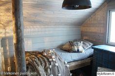 puutalo,makuuhuone,sänky,mökki,rouhea