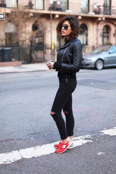 new balance sneakers #street #style #streetstyle #fashion #ootd #fall #fashion #chic #winter #outfit #trend
