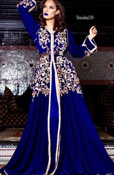 We are launching this catalog of Moroccan Haute Couture 2019 that goes on sale online . Morrocan Kaftan, Moroccan Dress, Oriental Dress, Oriental Fashion, Arab Fashion, India Fashion, Moroccan Bride, Caftan Dress, Elegant Outfit