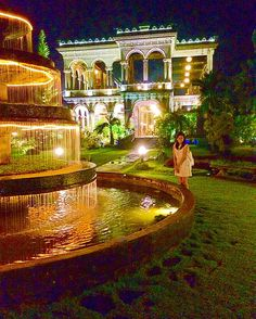 A living piece of art.✨⛲️❤️ #theruins #storyoflove #travelgram #wheninbacolod