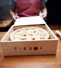 PIEBOX. Safely transport your pie anywhere you go! What a great idea. (They have cake boxes too!)