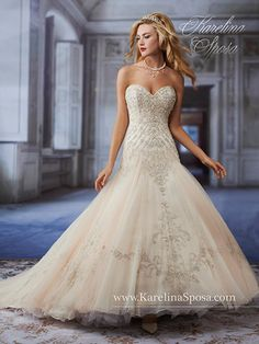 Sweetheart This neckline has a very deep v in the middle. Usually it is strapless but it can sometimes add a shoestring strap to it. Thought of as a very romantic look and it goes perfectly with a classic ball gown. Karelina Sposa C7952
