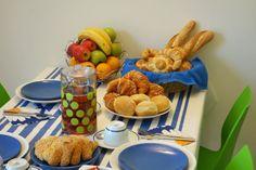 Soggiorno e colazione. Breakfast.