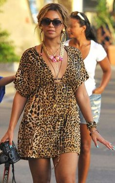 Beyoncé wears original vintage DERAPAGE #design #sungalsses #Beyonce #vintage #fashion #coolhunting