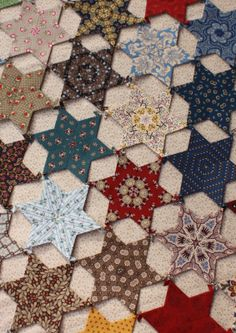 Temecula Quilt Co: Fussy Friday #8 - ideas for layout of stars