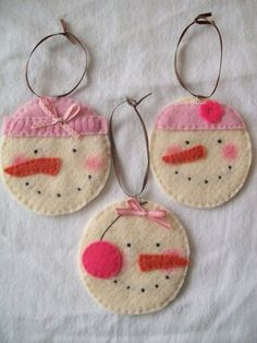 Original Felt Ornaments For Your Christmas Tree 7