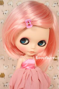 I like this doll<3 pluss it's pink:)