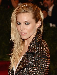 Red-Carpet Beauty: The Best Hair and Makeup Looks From the 2013 Met Gala - Sienna Miller http://primped.ninemsn.com.au/galleries/hair-galleries/red-carpet-beauty-the-best-hair-and-makeup-looks-from-the-2013-met-gala?image=48