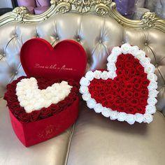 62 ideas for flowers arrangements box roses Valentine Flower Arrangements, Valentines Flowers, Rose Arrangements, Valentine Decorations, Flower Box Gift, Flower Boxes, Box Roses, Beautiful Rose Flowers, Luxury Flowers