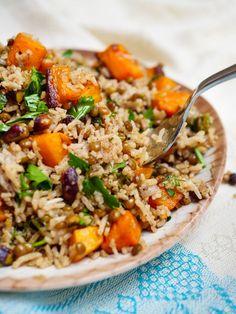Veggie Dinner, Dinner Salads, Clean Eating, Healthy Eating, Vegetarian Recipes, Healthy Recipes, Dinner Bowls, Fried Rice, Nom Nom