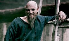 Puss puss Welcome back Floki. This is the Floki I love.