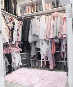 What makes the dressing room perfect? Many people have a house that is big enough to contain an imaginary dressing room. A room devoted. Bedroom Closet Design, Girl Bedroom Designs, Room Ideas Bedroom, Closet Designs, Bedroom Decor, Rich Girl Bedroom, Cute Room Ideas, Cute Room Decor, Dream Closets