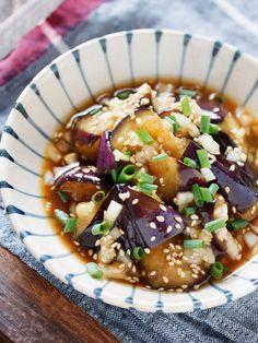 なすの香味ねぎソース【#作り置き #揚げない #オイル蒸し】 by Yuu 「写真がきれい」×「つくりやすい」×「美味しい」お料理と出会えるレシピサイト「Nadia | ナディア」プロの料理を無料で検索。実用的な節約簡単レシピからおもてなしレシピまで。有名レシピブロガーの料理動画も満載!お気に入りのレシピが保存できるSNS。