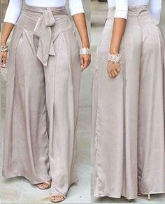Pantalona com pregas – DIY – molde, corte e costura – Marlene Mukai (Diy Ropa Blusas) Fat Fashion, Fashion Outfits, Womens Fashion, Thai Fisherman Pants, Wrap Pants, Casual Outfits, Cute Outfits, Sewing Pants, Diy Vetement