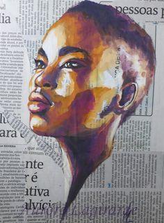 Visage femme noire. Portrait peinture sur journal