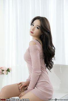 Lee Eun Seo - Graceful And Dreamy
