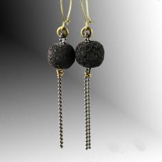 Long earrings with lava and chain