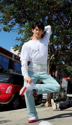 Lol this pose Mark Lee, Jaehyun, Fanfiction, Nct 127 Mark, Rapper, Lee Min Hyung, Wattpad, Na Jaemin, Entertainment