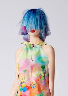 Blue hair in style bubble Fashion Art, Editorial Fashion, Fashion Beauty, Blue Fashion, Ladies Fashion, Fall Lookbook, Japanese Street Fashion, Blue Hair, Just In Case