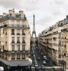 Paris ∞