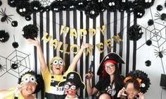 まっくろくろすけがいっぱい!モノトーンのおしゃれ可愛いハロウィンパーティー演出   Happy Birthday Project - Part 2 Halloween Party, Halloween Ideas, Mickey Mouse, Happy Birthday, Disney Characters, Projects, Autumn, Youtube, Happy Brithday
