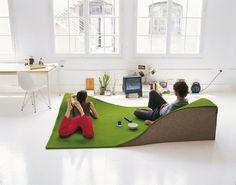 座椅子や枕にもなるカーペット【Flying carpet】 | インテリアハック
