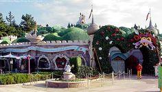 Queen of Hearts Banquet Hall - Tokyo Japan Disneyland