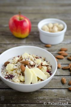 Overnight Oats & Apple Nut Crumble (Paleo Breakfast)
