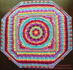 Sophie's Universe. Oh my, isn't that a beauty? Link to the CAL: http://www.lookatwhatimade.net/crafts/yarn/crochet/sophies-universe-cal-2015/sophies-universe-cal-2015-information/