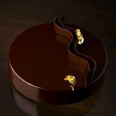 pierre herme chuao  Love the smooth, dark chocolate glaze!