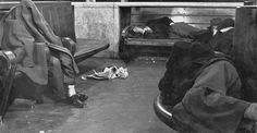 Waiting room, Venice, 1954 // Gianni Berengo Gardin