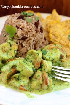 Shrimp With Creamy Cilantro Sauce by My Columbian Recipes Fish Recipes, Seafood Recipes, Mexican Food Recipes, Cooking Recipes, Healthy Recipes, My Colombian Recipes, Colombian Cuisine, Colombian Dishes, Columbian Recipes