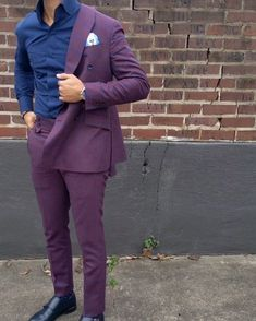 Custom double breasted plum and dark blue suit, Blue Blazer Outfit Men, Blue Shirt Outfits, Blazer Outfits Casual, Mens Fashion Blazer, Look Fashion, Mens Fashion Suits, Men Blazer, Mens Casual Suits, Dress Suits For Men