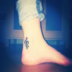 'Hakuna Matata' tattoo (: no worries!    Ahhhh I want this...   This is what I'm getting next week