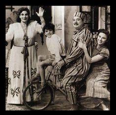 Faten Hamamah, Mari Munib, and Husain Reyadh in Baba Amin Arab Actress, Egyptian Actress, Arab Celebrities, Celebs, Egyptian Movies, Egyptian Beauty, Cinema Theatre, Old Egypt, Arab Women