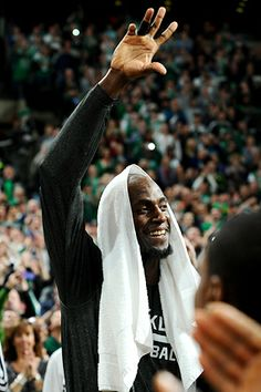 Kevin Garnett return to Boston in Nets uniform.