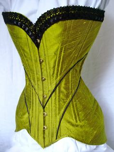 Bridges on the Body- sewing through Norah Waugh's Corsets and Crinolines