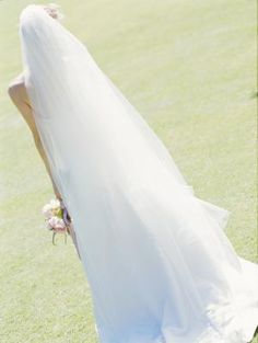 How to Make a Bridal Veil With Beading