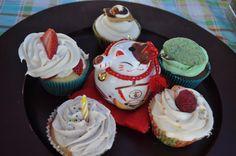Chi Chi Cupcakes, opening market menu is (Smore' Cupcake, Chocolate Mint, Vanilla Funfetti, Strawberry Shortcake, and Raspberry Lemon Cream Cheese)
