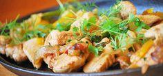 вареная курица с овощами