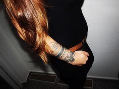 #Henna #neha_mehandi #temporäres_Tattoo #temporary_tattoo #selfmade #henna_by_rinkitoku #arm #beautiful_hair #friend