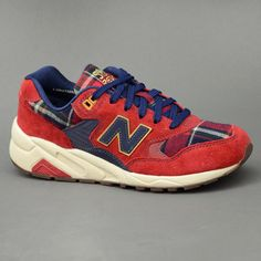 NEW BALANCE SUEDE RED SCARPE TRAINERS WRT580WB