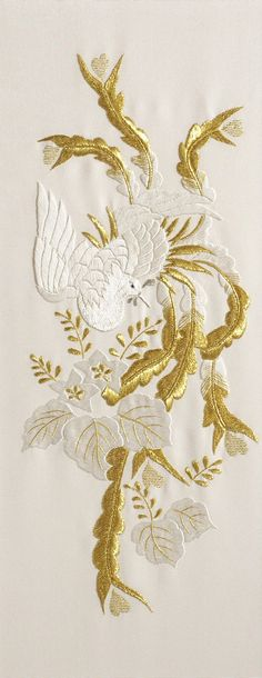 Bird in Whitework & Goldwork Embroidery Chinese Embroidery, Embroidery Fashion, Silk Ribbon Embroidery, Crewel Embroidery, Embroidery Thread, Machine Embroidery Designs, Embroidery Patterns, Embroidery Supplies, Motif Floral
